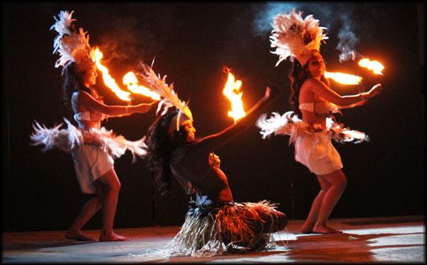 polynesianfiredancers