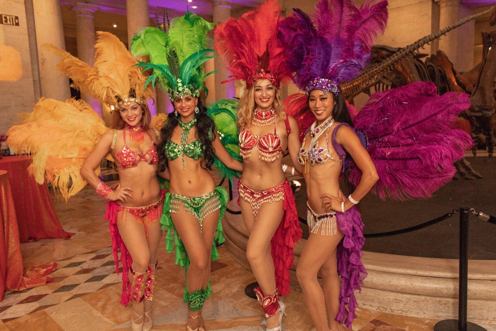 sambadancers5.jpg